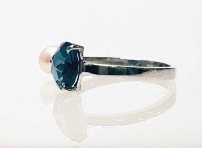 Bague Topaze Blue London perle or blanc Réf.1464