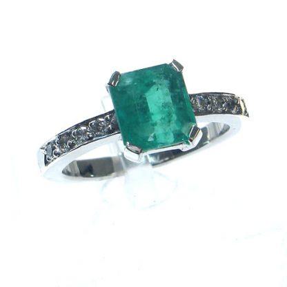 Bague Emeraude diamants or blanc Réf. 725