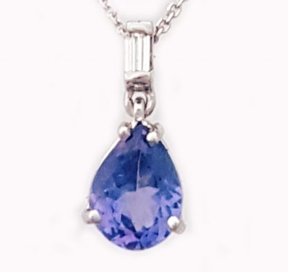 Pendentif Tanzanite et diamant or blanc Réf. 1390